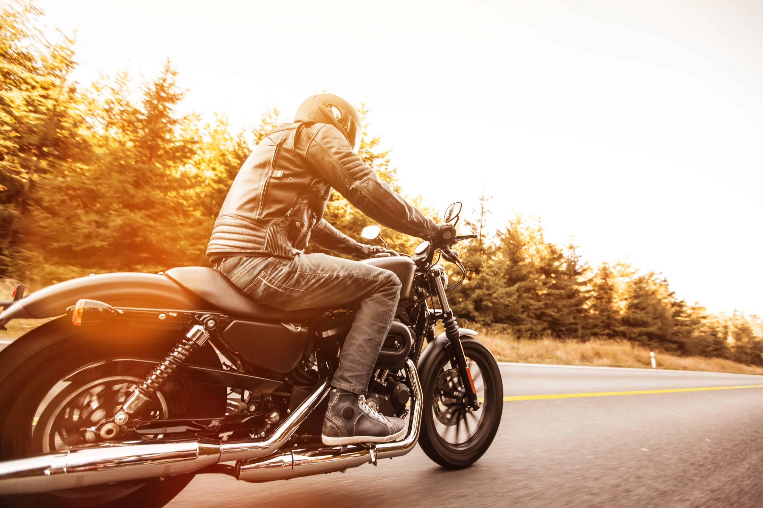 Motorradversicherung: Test & Empfehlungen 08/20